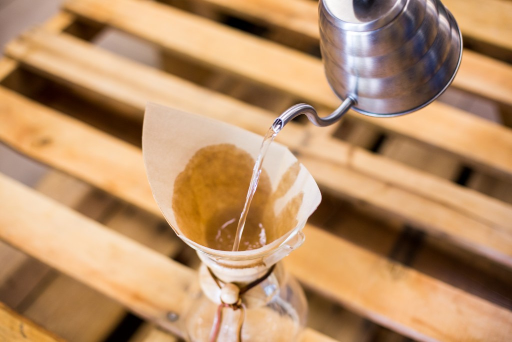 Chemex Brewing Method - Rinse Filter