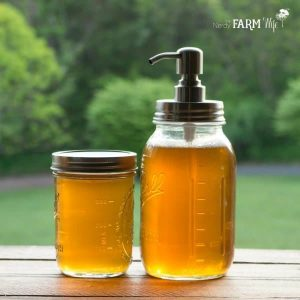 How to make liquid soap from dandelions and honey