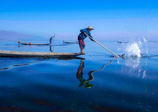 2 Inle fishing