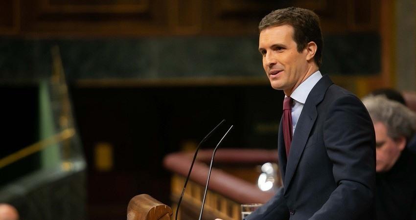 Pablo Casado pide a Sanchez que actue en Cataluna