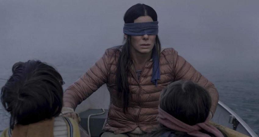 Esta imagen lanzada por Netflix muestra a Sandra Bullock en una escena de la pelicula A ciegas