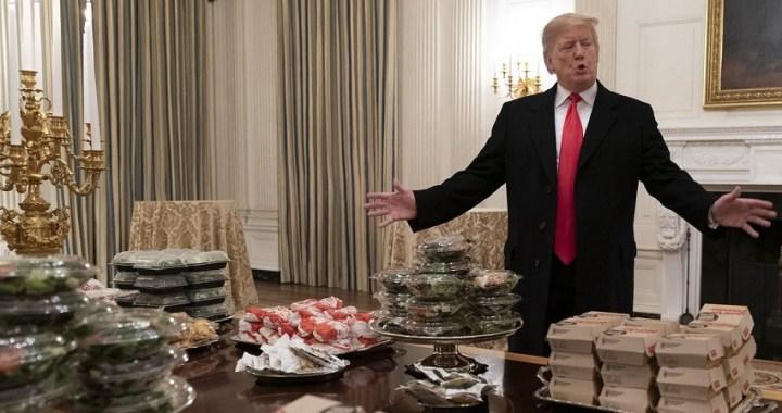 El presidente Donald Trump es ahora uno de los 93 millones de estadounidenses obesos