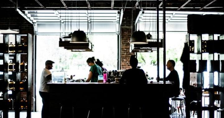 ¿Qué maquinaria de hostelería necesitas para abrir tu restaurante?