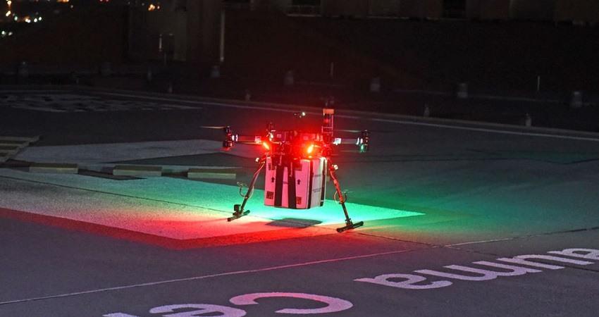 Drone transporta rinon