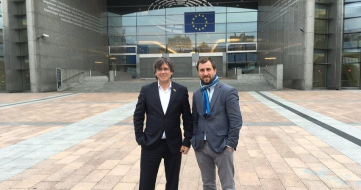 El Parlamento Europeo niega el acceso a Puigdemont y Comín cuando pretendían recoger su acreditación