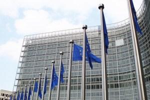 Bruselas reabre el debate sobre el salario mínimo europeo