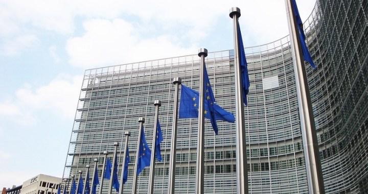 Los Veintiocho se reúnen en busca del desbloqueo de las negociaciones de los cinco altos cargos de la Unión Europea