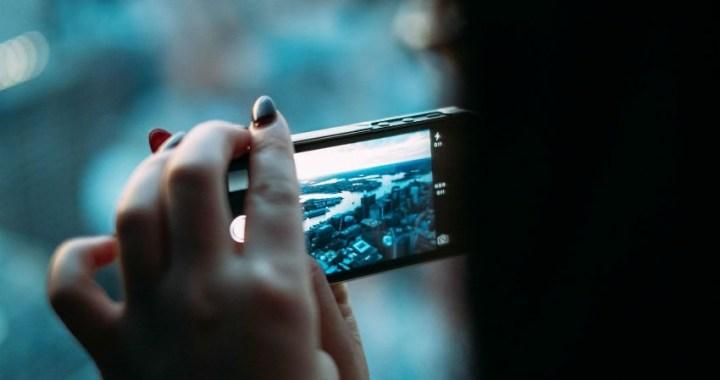 Consideraciones de seguridad para redes sociales y el smartphone