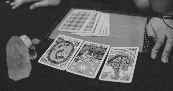 El tarot sí o no: Una forma sencilla y efectiva de resolver tus dudas