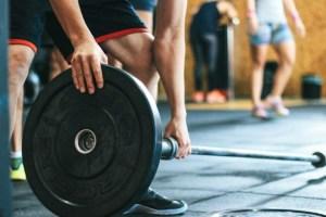 Ropa, dispositivos y equipos para la práctica deportiva