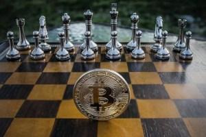 ¿Cuál es la ventaja de los Bitcoins frente a las monedas convencionales?