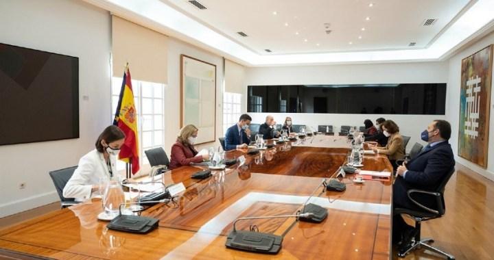 El Gobierno de España considera el certificado de vacunación clave para recuperar la movilidad y favorecer el turismo