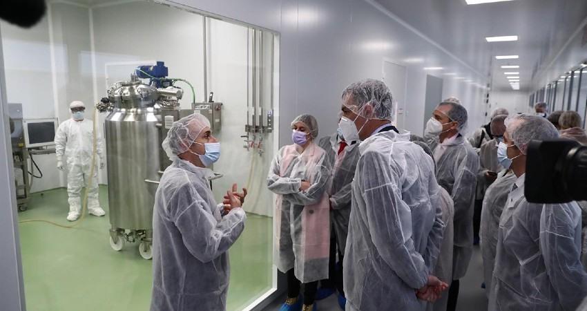 Apoyo del Gobierno a la investigación para una vacuna española