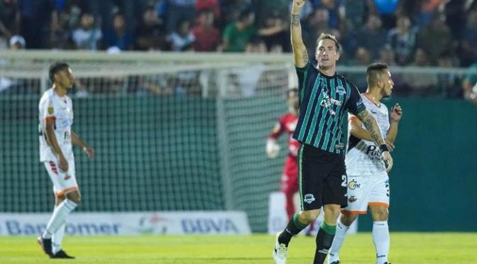 Leo Ramos, figura y goleador en la liga del ascenso MX, ya casi en primera