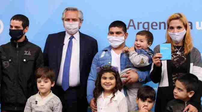"""Alberto Fernández: """"Estamos haciendo una reparación por lo que el Estado no hizo durante muchos años"""""""