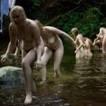 garotas lago