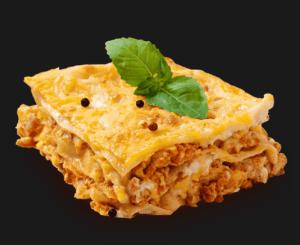 Lasagna Bolognese. Pasta RICCA