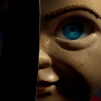 Un premier aperçu de la nouvelle poupée Chucky du remake!
