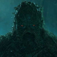 Warner Bros arrête la production de sa série Swamp Thing, dévoile un premier teaser