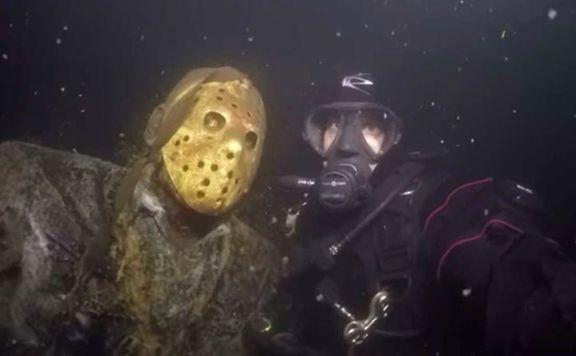 jason-vorhees-underwater-statue