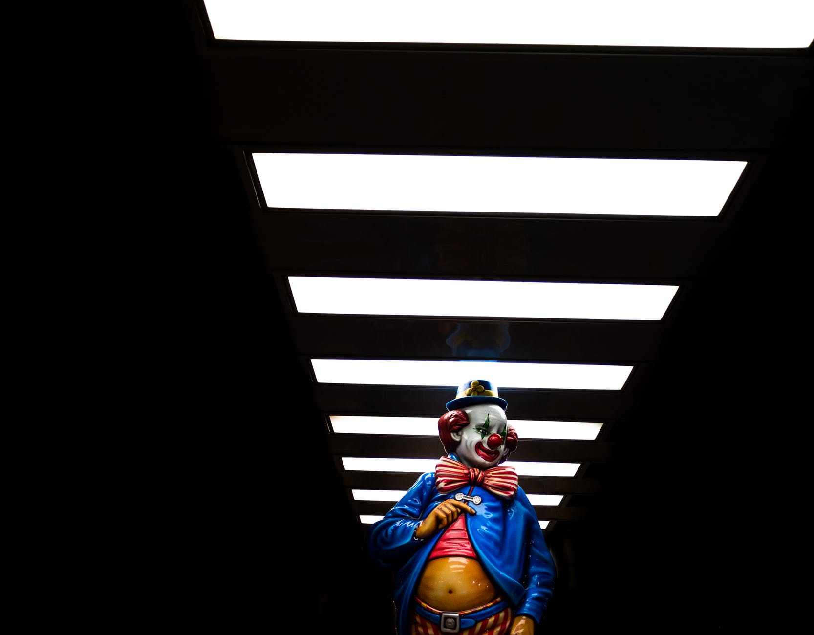 clown inside tunnel