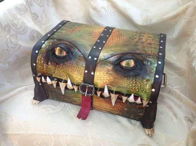 fantasy-monster-boxes-leather-fine-line-workshop-mellie-z-5