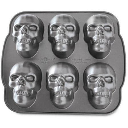Add A Little Death To Your Diet With These Skull Cake Pans