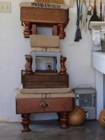 storage ottomans