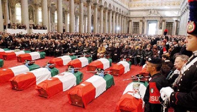 I funerali delle vittime di Nassiriya