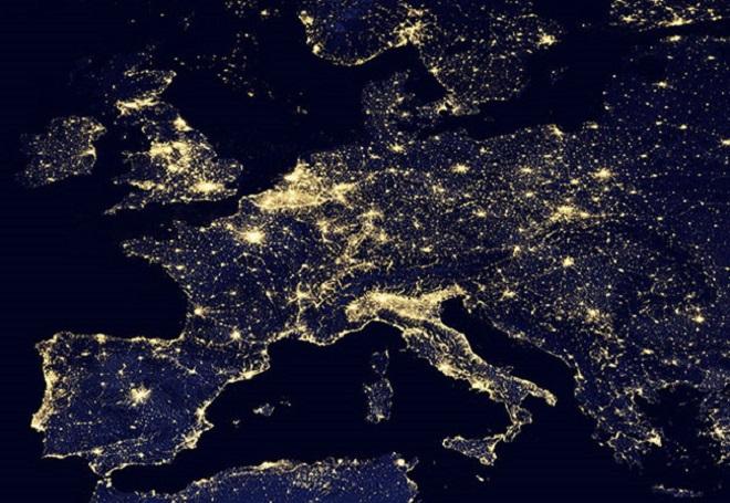 L'Europa che servirebbe agli europei è ancora in piena notte...