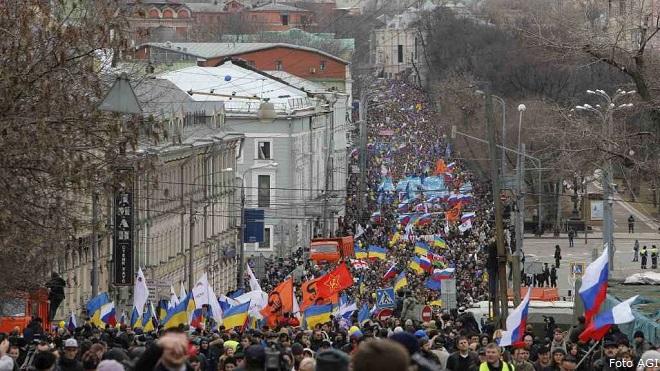 20140315-Ucraina-corteo-a-Mosca-660x371