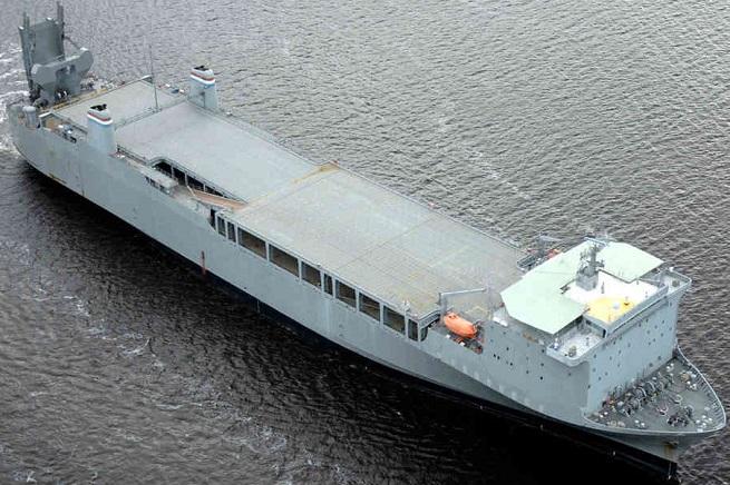 La Cape Ray, unità della US Navy su cui verrà svolta l'operazione di disattivazione del potenziale chimico siriano. I residui saranno poi smaltiti come rifiuti pericolosi in Germania e in Texas
