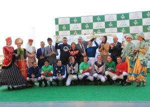Competing jockeys