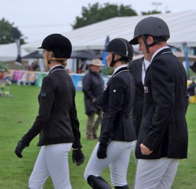 NZ-Showjumping-team Katie McVean, Lisa Coupe, and Simon Wilson