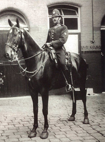 PC Charlie Glassfield - Church St Stables, riding Edward.