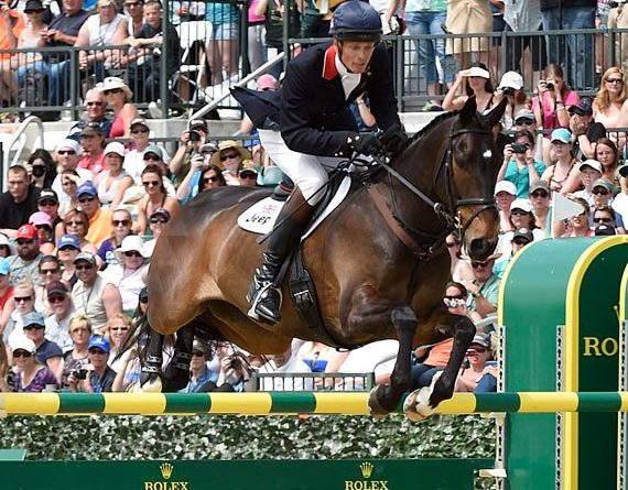 William Fox-Pitt and Bay My Hero kept their cross-country lead to win the Kentucky Three-Day-Event at the weekend.