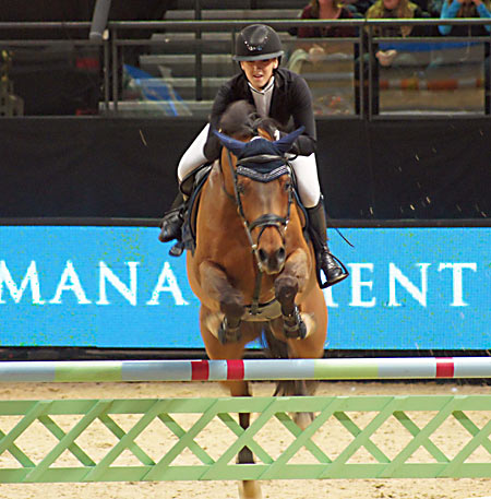 Chloe Aston (GBR) on Chatueau De Brion Quainton