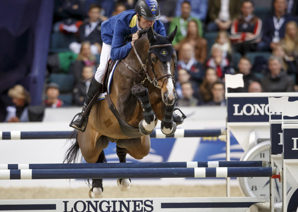 Christian Ahlmann and Taloubet Z won the dramatic second leg of the Longines FEI World Cup Jumping 2016 Final in Gothenburg, Sweden, on Saturday night.