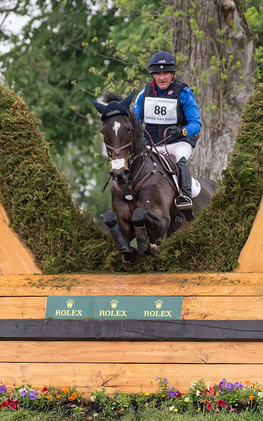 Phillip Dutton and Mighty Nice are in third place.
