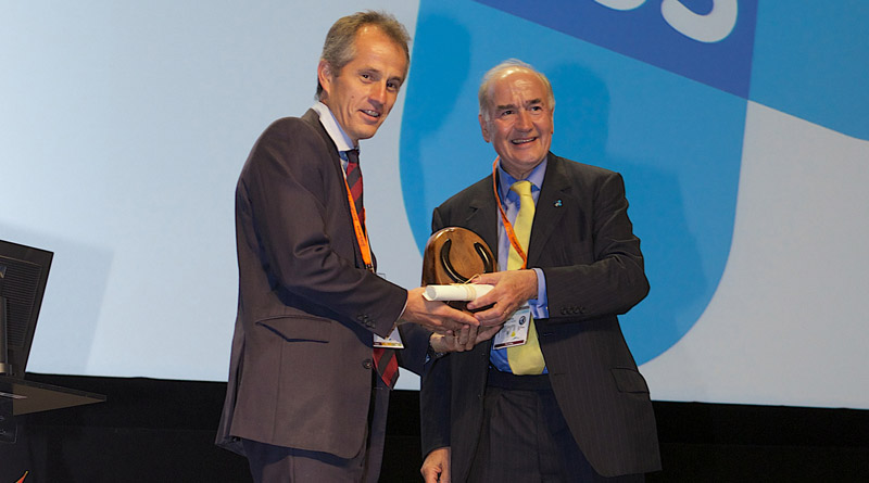 World Horse Welfare chief executive Roly Owers accepts the 2016 British Equine Veterinary Association Welfare Award from British Equine Veterinary Association president Mark Bowen at the organisation's 2016 BEVA Congress.