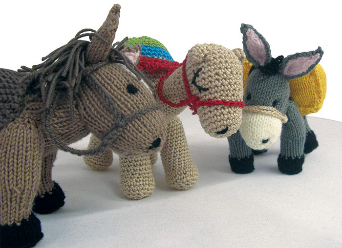 """""""Big Knit for Vet Kit"""" fundraising campaign"""