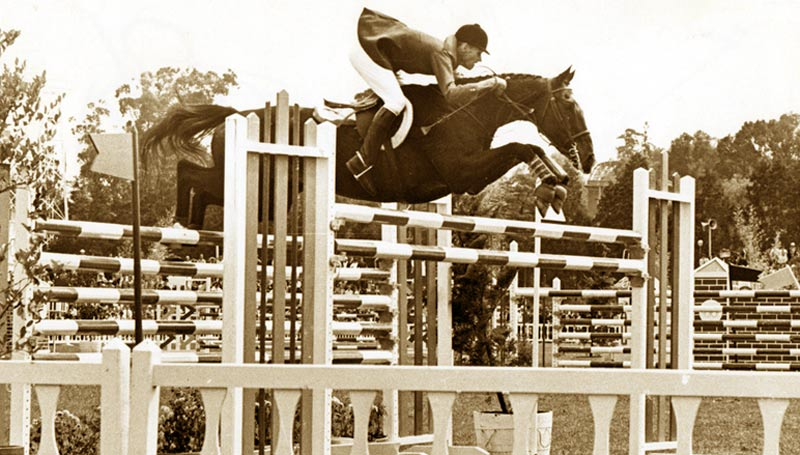Bill Steinkraus and Snowbound on their way to winning gold at the 1968 Mexico City Olympic Games. He was the first US rider to win an individual showjumping medal.