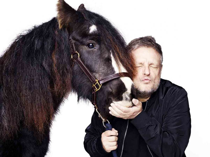 Rankin took a self-portrait with Blue Cross horse, Splodge for the Blue Cross.