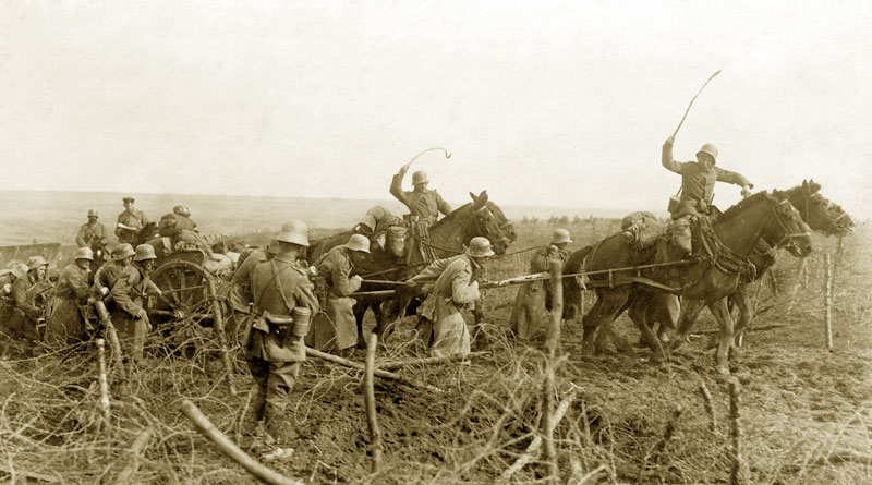 German artillery during the spring offensive in 1918.