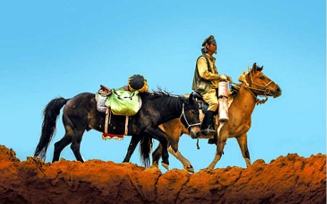 Jing Li's second equestrian journey took him 3000km along the length of the Great Wall of China.