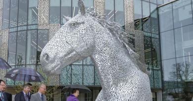 Princess Anne unveils new equine work by Kelpie creator