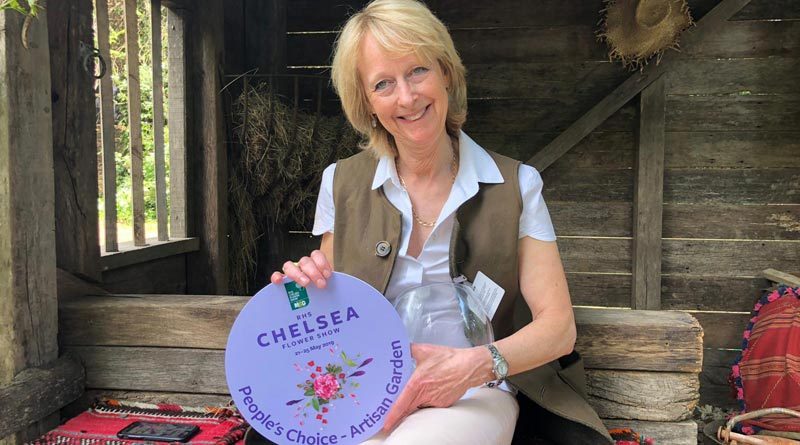 "Annie Prebensen of Williams and Prebensen Garden Designs with the Chelsea People's Choice Award for ""Donkeys Matter""."