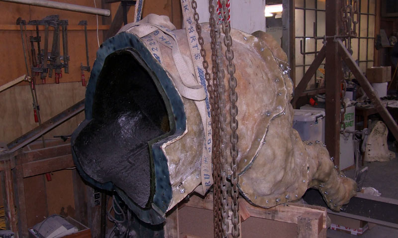 Phar Lap's rear section in clay, encased in wax and fibreglass.