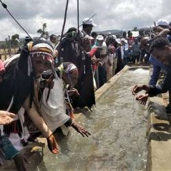 The opening of the new Bucha Raya water trough in Ethiopia. © Brooke