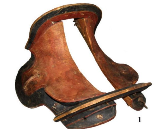 The saddle is described as perfectly preserved. Photo: N.N. Seregin